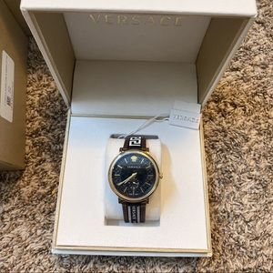 Men's Versace V Circle Greca Leather Watch 42mm